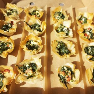 Filo pastry shells with spinach and feta 20 pieces