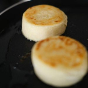 Syrnichki – cheese cakes. (10 in a pack)
